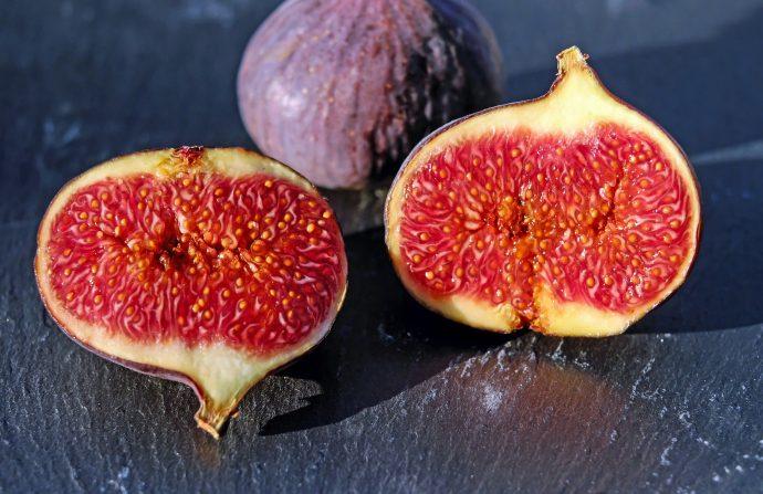 7 Curiosos datos que seguramente no sabías sobre los higos, las frutas que no son frutas y con insectos dentro