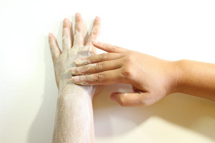 8 Trucos de belleza para decir adiós a los problemas de piel en cuestión de días
