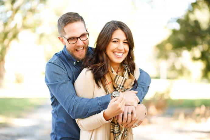 8 Típicas Señales que indican que tu pareja te quiere más que tú a ella
