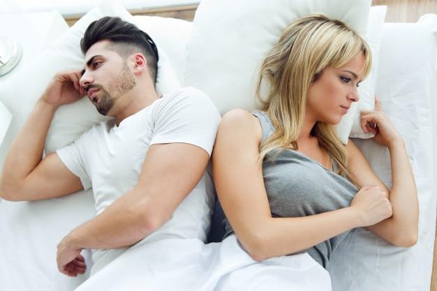 15 cosas que las parejas felices hacen antes de irse a la cama 1516870141
