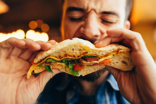 comer demasiado rapido hace que engordes y dana el corazon 201372