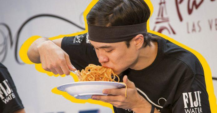 comer demasiado rapido hace que engordes y dana el corazon banner