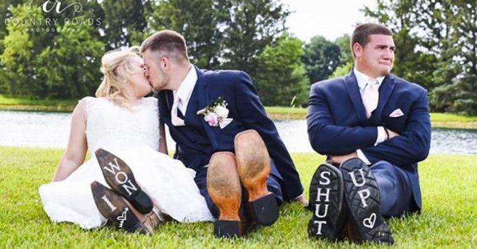 cuando el padrino no quiere que los novios se casen y se cuela en las fotos banner