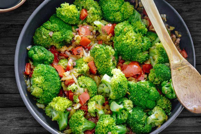 ensalada brocoli jamon