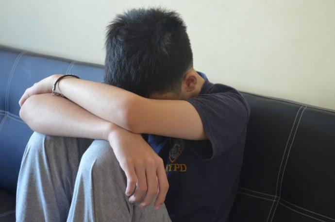 Una niña de 19 años admite que mantuvo relaciones con su padre de 51 para evitar que se casara de nuevo