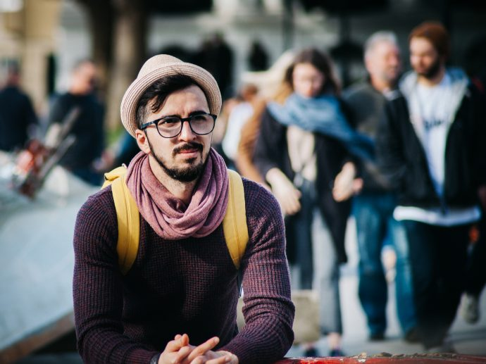 8 Trucos para pillar a una persona falsa para que no te engañe