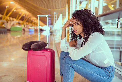 7 cosas que tienes que hacer si la aerolinea pierde tu equipaje maleta