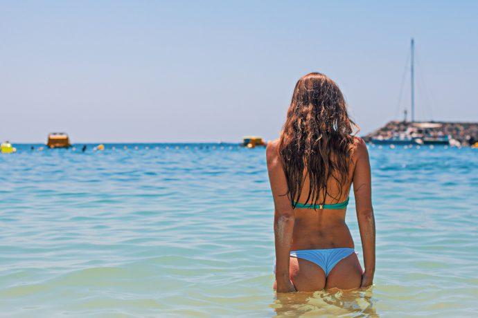 10 Típicos problemas a los que se tienen que enfrentar a diario las chicas con curvas