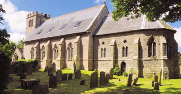 como transformar una iglesia de 1790 en una increible casa familiar banner