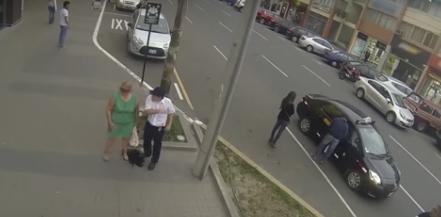 """Una mujer le devuelve la humillación pública a un hombre que la llamó """"cerda"""" en mitad de la calle"""