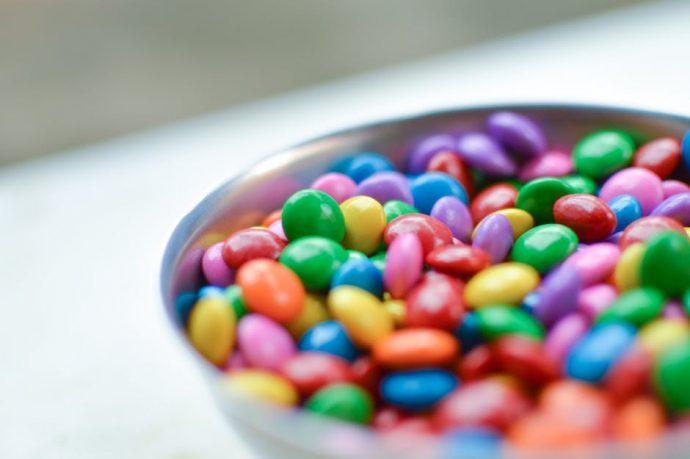 M&M's, la oscura historia que se esconde detrás de los caramelos de chocolate más polémicos del mundo