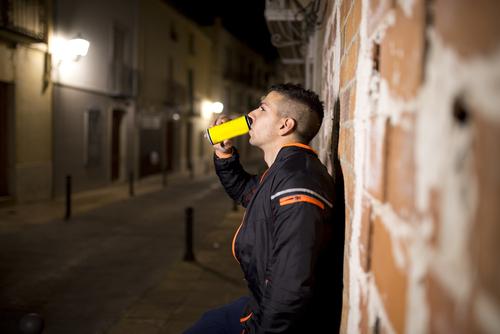 muchos de nosotros bebemos a diario lo mismo que mato a este hombre 215897
