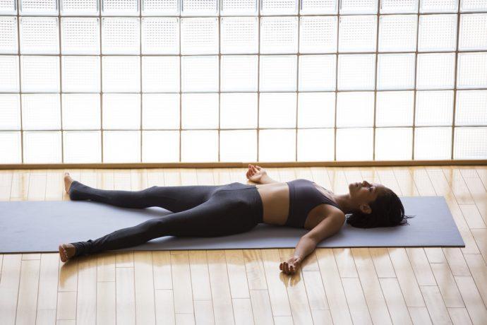 8 Posturas de yoga infalibles que deberían practicar las mujeres si quieren aumentar la fertilidad