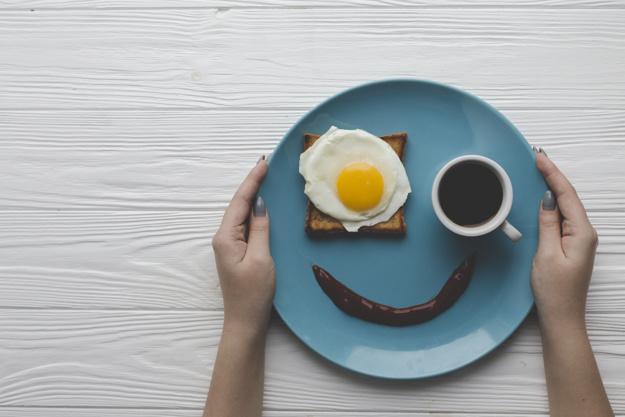 10 Cosas del día a día que se hacen sin darse cuenta y que engordan