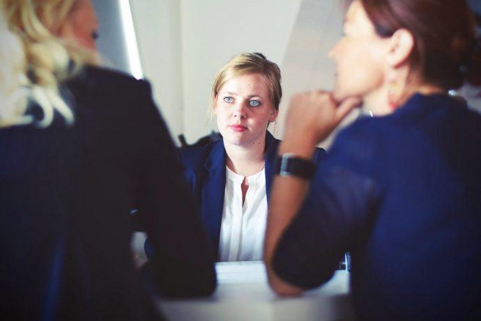 20 Datos curiosos que seguramente no sabías sobre los trabajos más comunes que indignan a miles de personas
