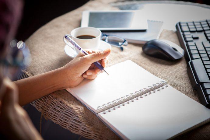 zurdo escribir