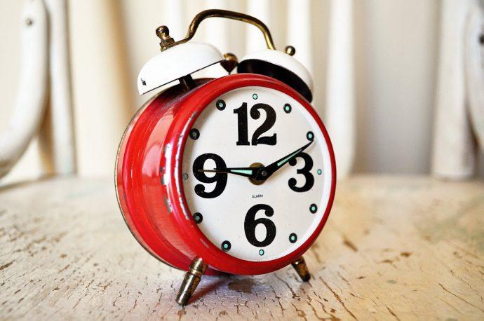 8 Típicas cosas que hacemos mal por la mañana y que deberíamos dejar de hacer cuanto antes