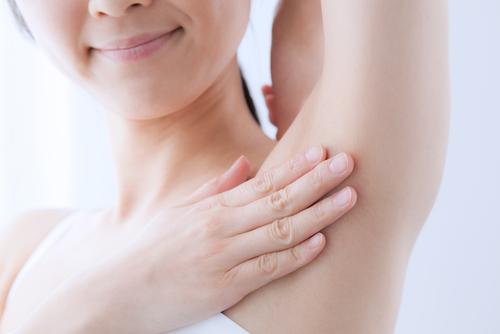 7 Cosas que seguramente no sabías que le ocurren a tu cuerpo cuando usas Bicarbonato de sodio
