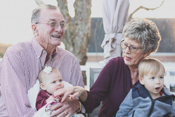 10 Típicas cosas que hacen las abuelas y que solo podrías entender si la echas de menos