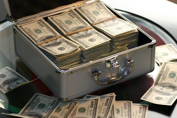 6 Cosas que no hacen los millonarios y en las que evitan gastar su dinero a toda costa