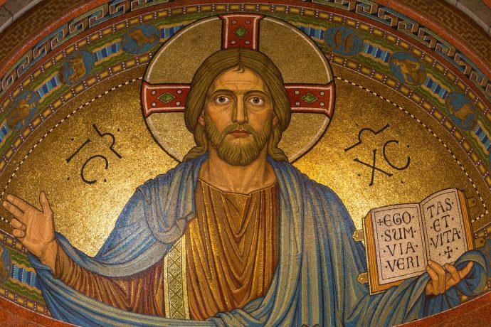8 Datos de la Biblia que seguramente no sabías que son falsos