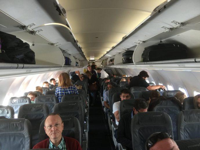 El Ranking de las 10 Típicas personas que más nos sacan de quicio en un avión