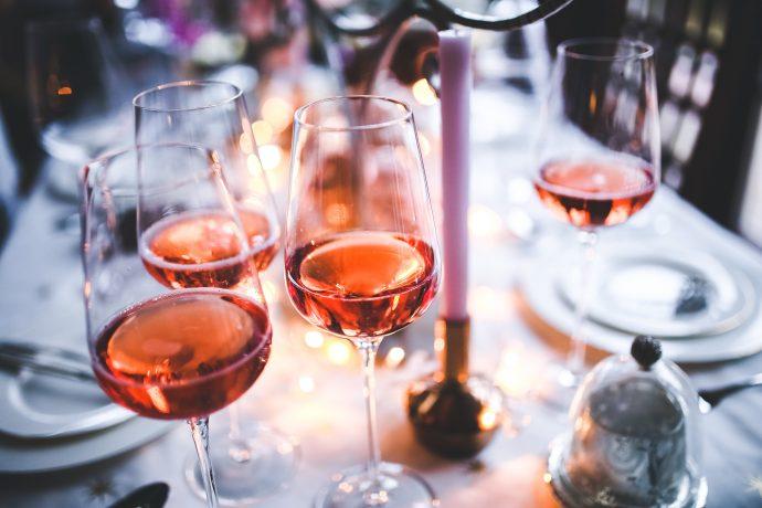 4 Razones por las que se nos hincha la barriga cuando bebemos alcohol