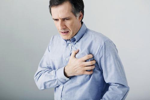 Las 4 Diferencias entre un ataque y un paro cardíaco que podrían salvarnos en más de una ocasión