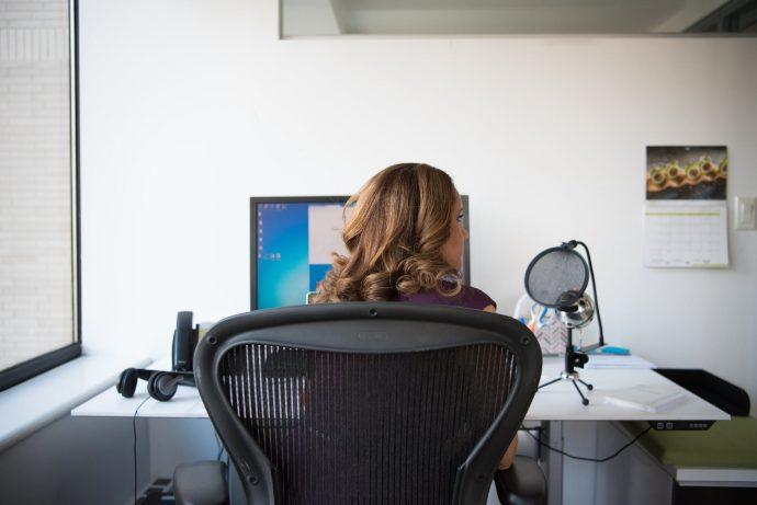 5 Cosas que debes tener en cuenta al trabajar delante del ordenador muchas horas