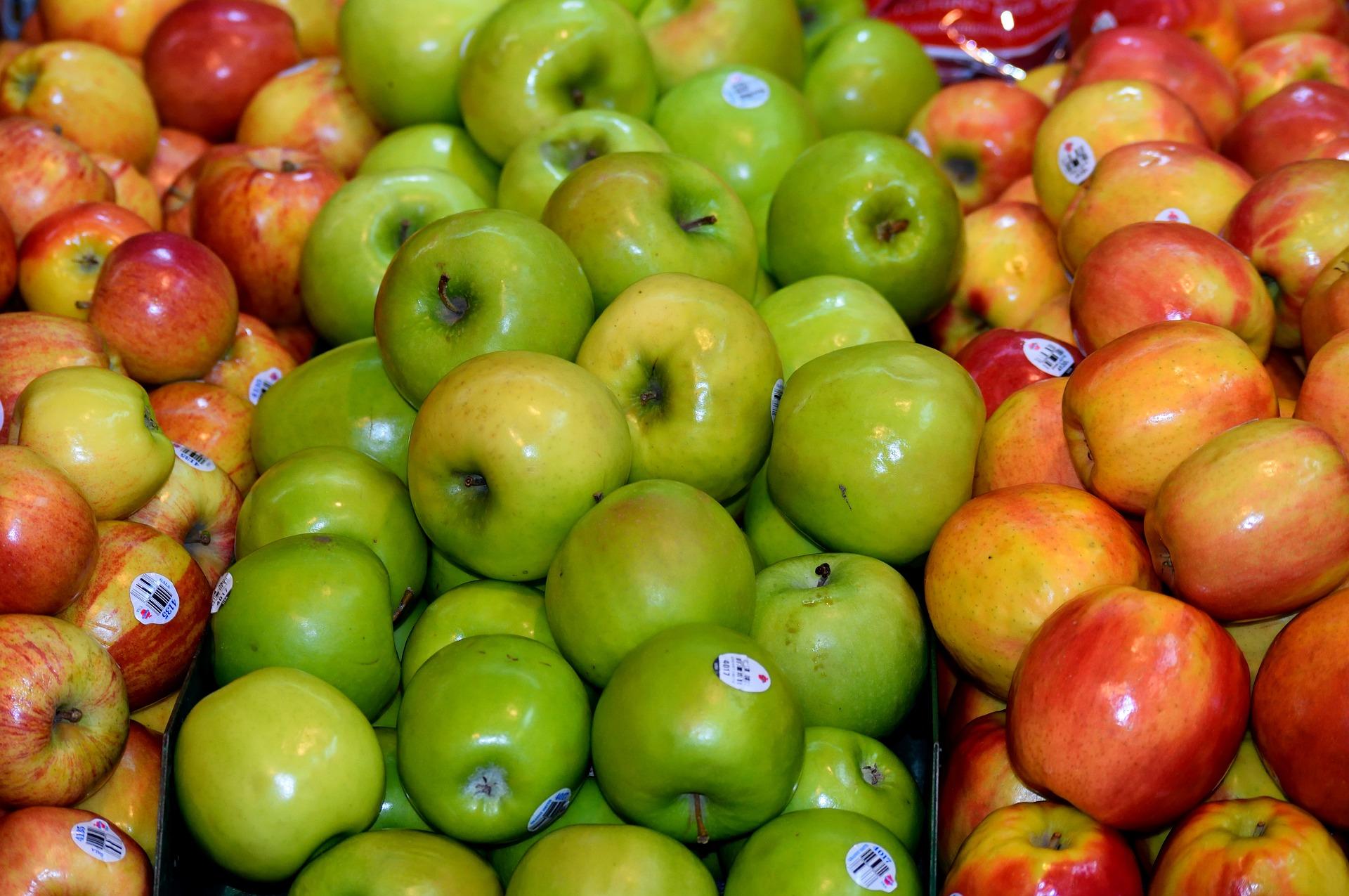 apples 2677356 1920