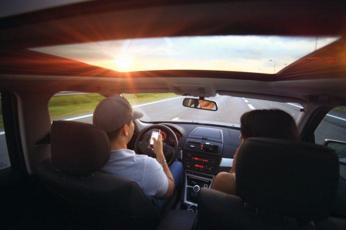 Tráfico y La Unión Europea obligarán a instalar un botón en el coche para salvarnos la vida en caso de accidente
