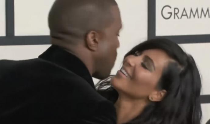 El Ranking de los 10 Besos más incómodos entre famosos que las cámaras consiguieron captar