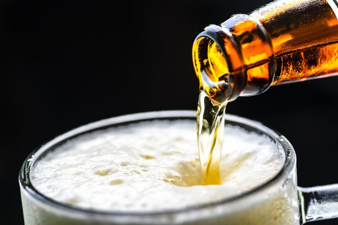 Un estudio muestra la fuerte conexión entre la cerveza y el Alzheimer