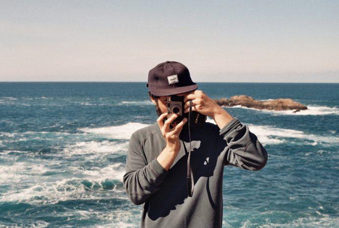 man beach sea coast ocean camera 1121796 pxhere.com 1