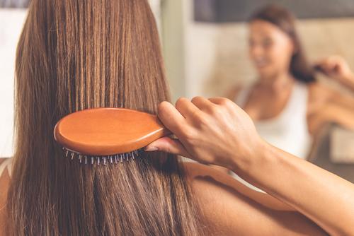 5 Errores que se cometen día a día y que acaban destrozando el pelo