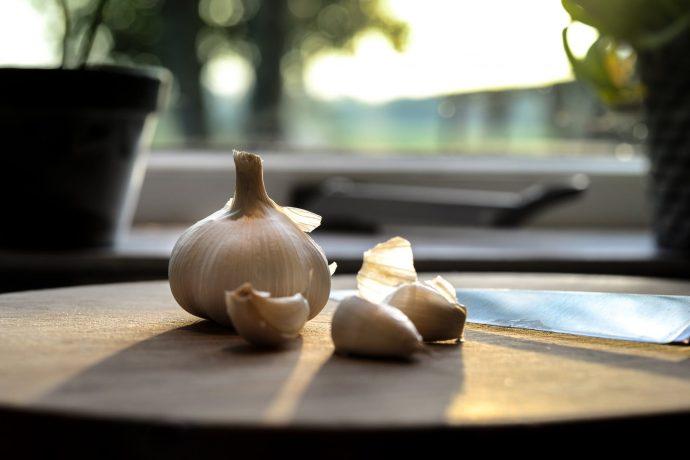 10 Trucos y propiedades del ajo que no conocías