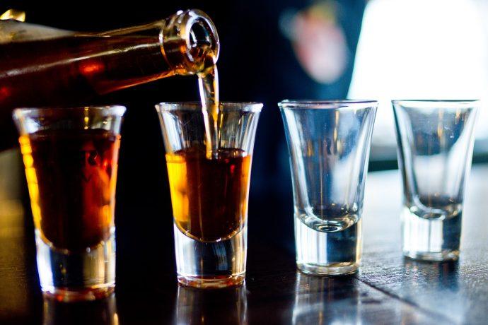 alcohol 2275837 1280