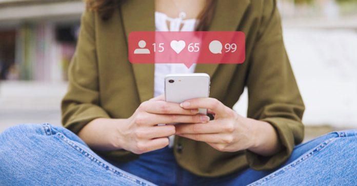 el molesto habito de texting que puede acabar con tu relacion banner