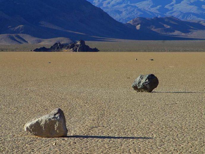 wandering rocks 3711 960 720