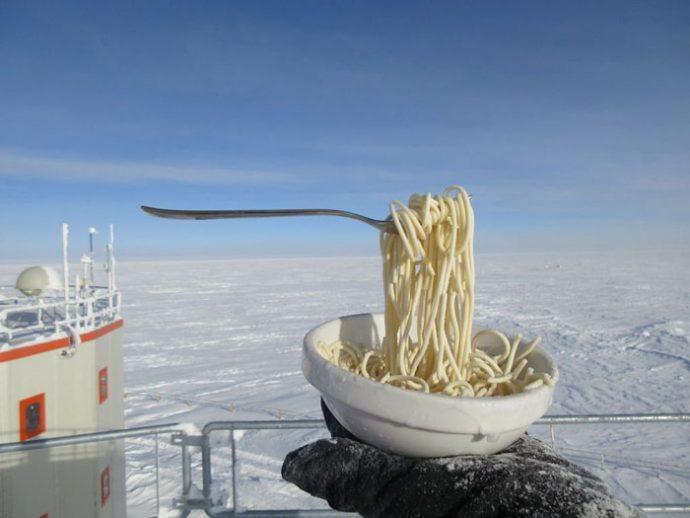 5 Imágenes que ha mostrado un astrobiólogo al intentar cocinar a -70ºC en la Antártida