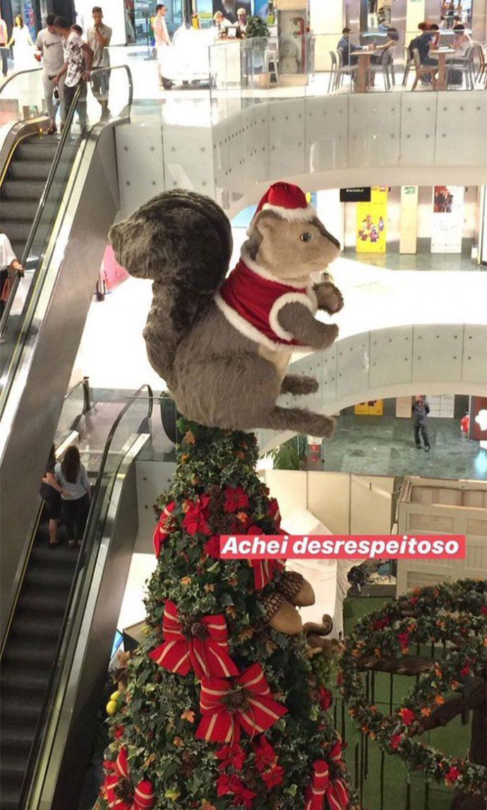 20 Imágenes de decoración de Navidad que no sabemos en qué estaban pensando las personas que las crearon